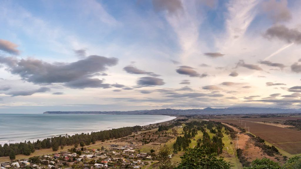 cloudy-bay-suite-view-vacation-rental-in-bleinhem-new-zealand-mountainview-villa-nz