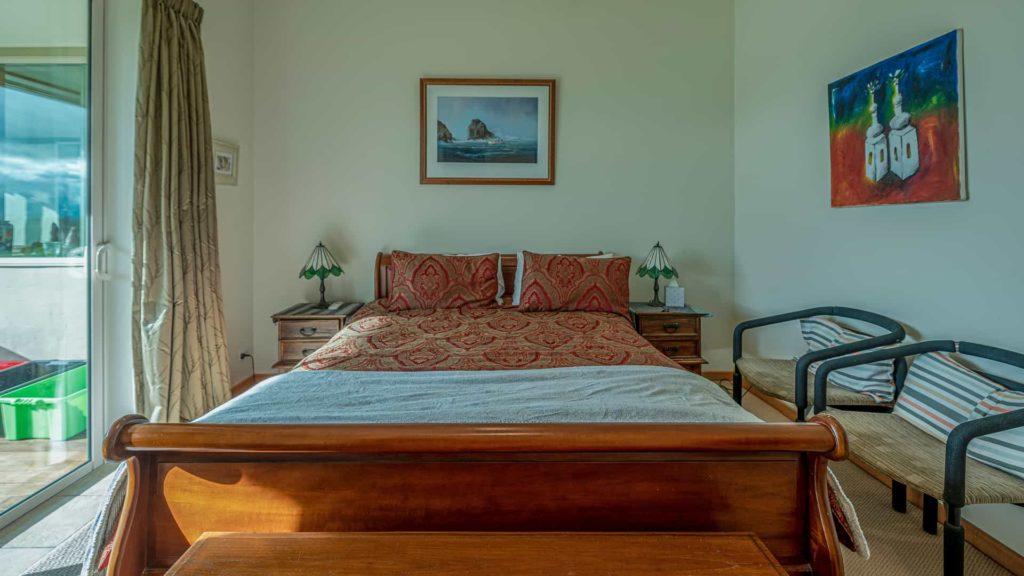 marlborough-suite-bed-vacation-rental-in-bleinhem-new-zealand-mountainview-villa-nz