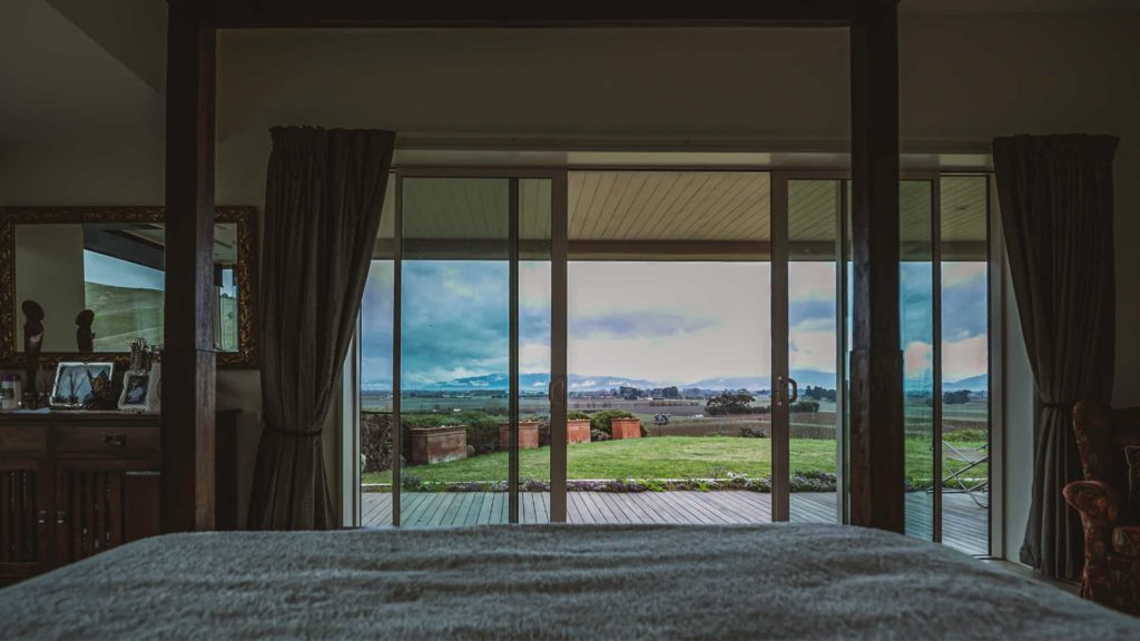 mountainview-suite-veranda-vacation-rental-in-bleinhem-new-zealand-mountainview-villa-nz
