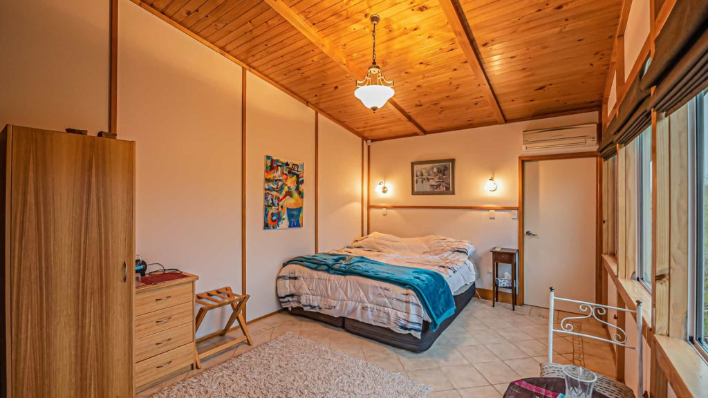 witherhills-suite-bed-vacation-rental-in-bleinhem-new-zealand-mountainview-villa-nz